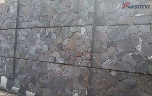 Dinding Templek